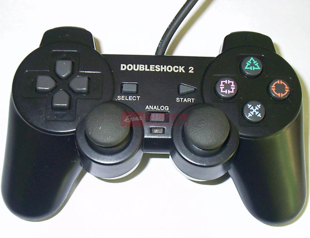 插上手柄后,在游戏里面的提示按键也会改成手柄相应键位,识别一款游戏