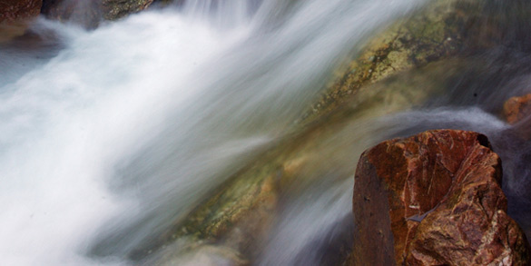 透明山水树抠图素材